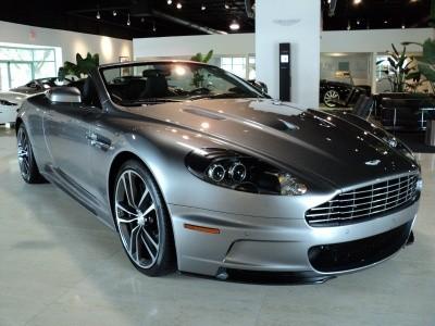 Aston Martin подготовил новый DBS