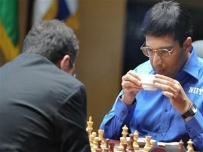 Ананд завоевал кубок победителя по шахматам в матче за звание чемпиона мира