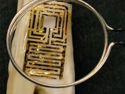 Учёные США установили на зуб детектор бактерий