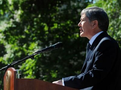 Президент Киргизии отметил, что ислам объединит граждан республики в трудное время