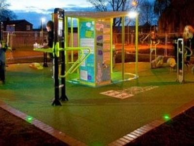 В Великобритании получают электричество со спортплощадки