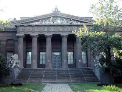 В Национальном художественном музее озадачены спасением зданий и экспонатов